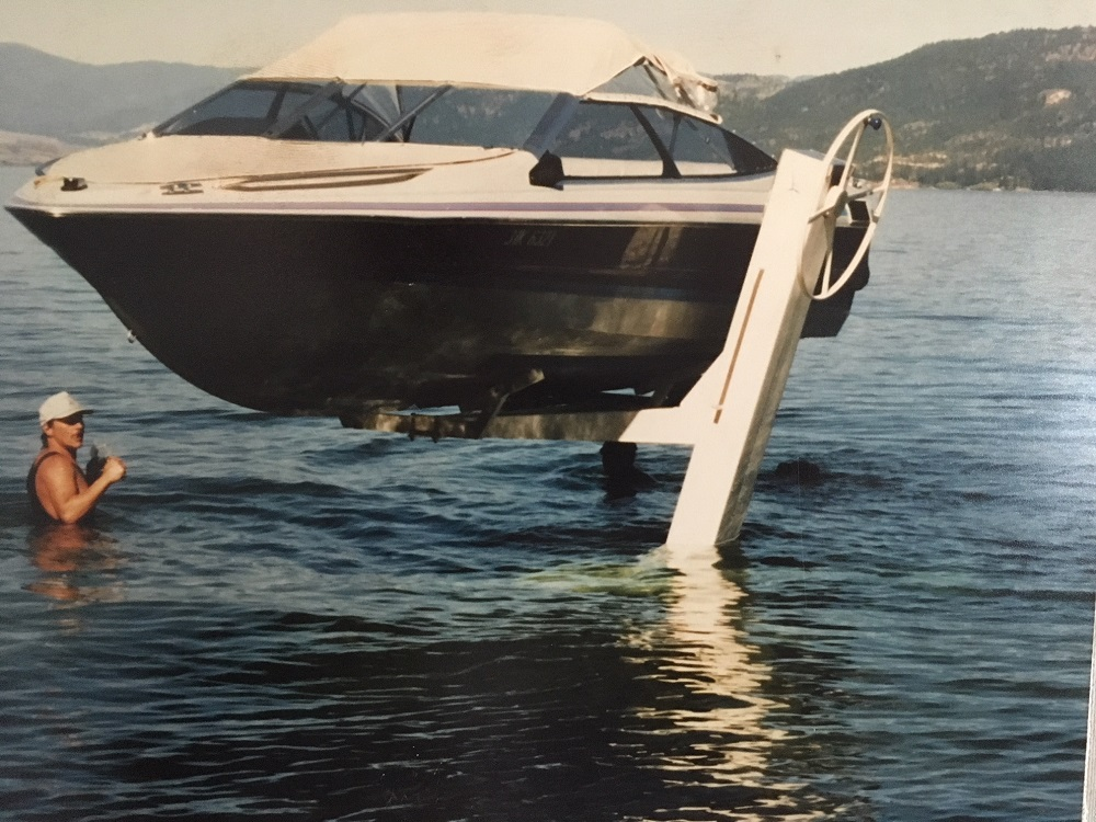 Official Leisure Boat Lift Site